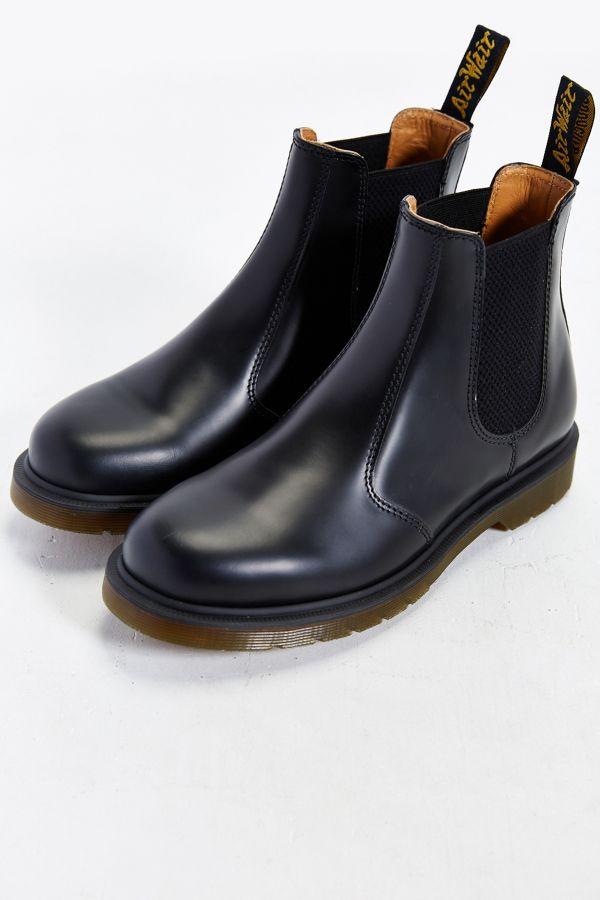 0822c01ed92 Dr. Martens 2976 Chelsea Boot