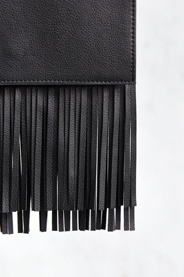 4d45ac49a0 Slide View  5  Ecote Flat Fringe Crossbody Bag