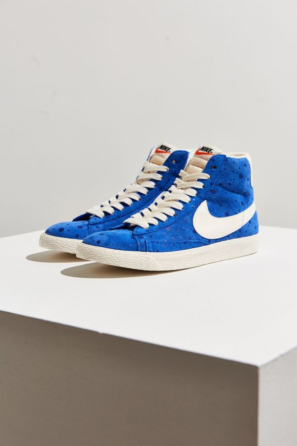 27a45b58 Nike Women's Blazer Mid Suede Vintage Sneaker | Urban Outfitters