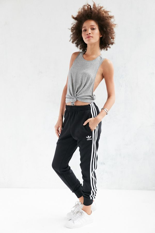 81a6162d adidas Originals Unisex Superstar Cuff Track Pant | Urban Outfitters