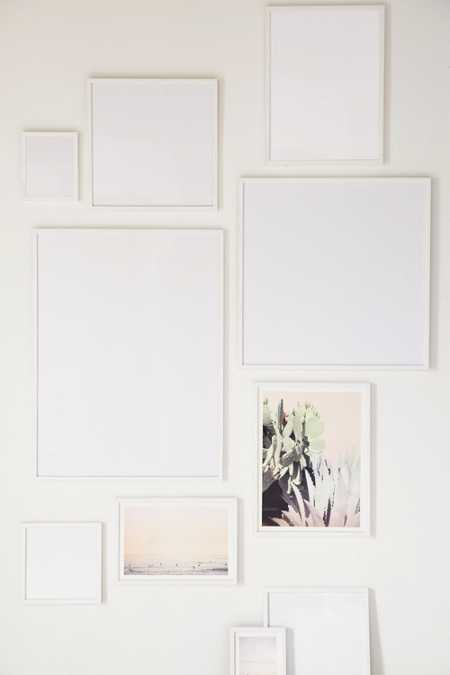 Slide View: 1: White Wood Art Print Frame