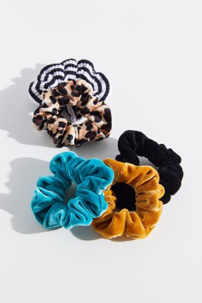 Velvet Hair Scrunchie Set Urban Outfitters