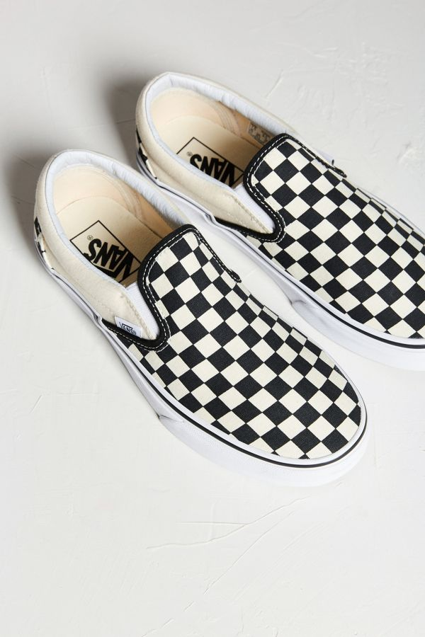 vans checkerboard slip on