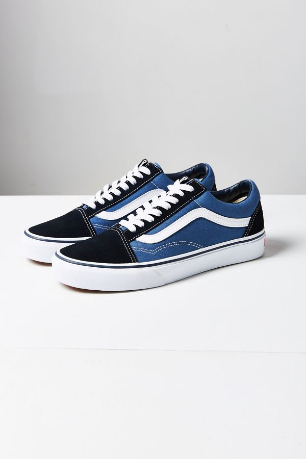 afd1120aa8a Slide View  1  Vans Old Skool Original Sneaker