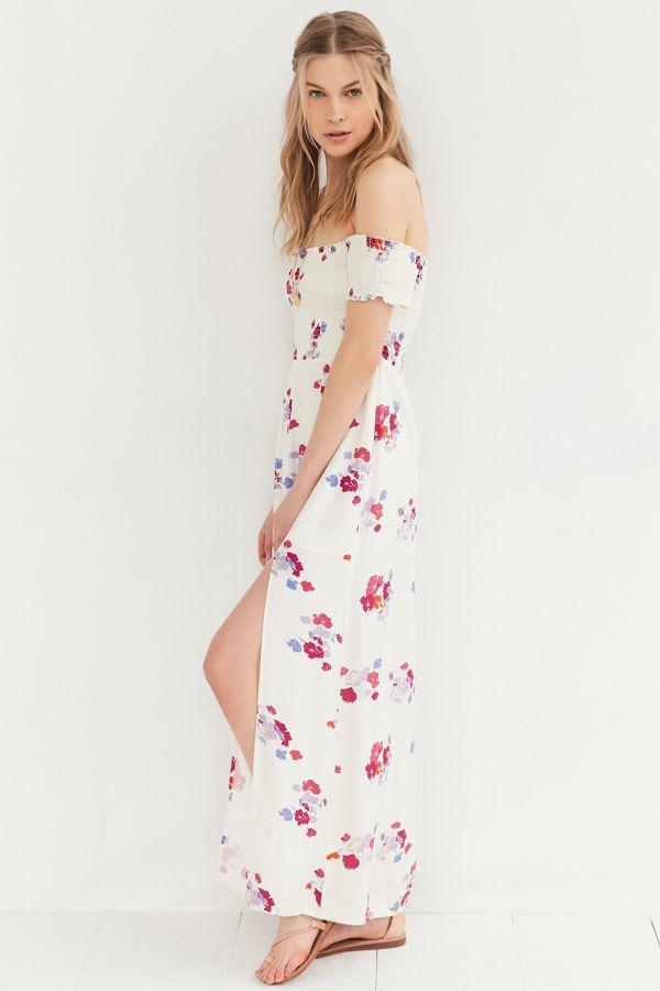e7f7fcb4fa4 Slide View  3  MINKPINK Falling Blooms Off-The-Shoulder Maxi Dress