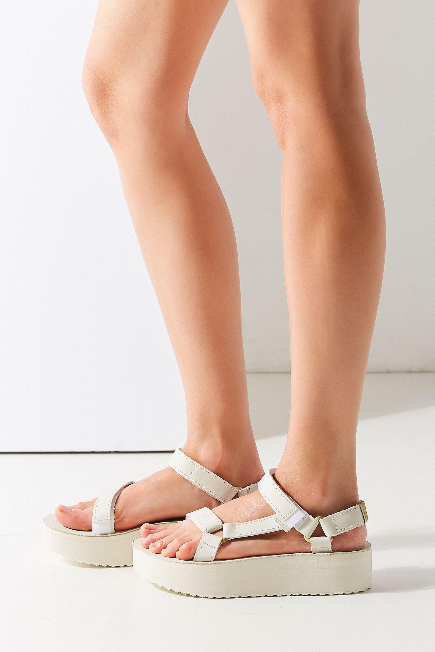 30f5e6d2841 Teva Universal Crafted Flatform Sandal