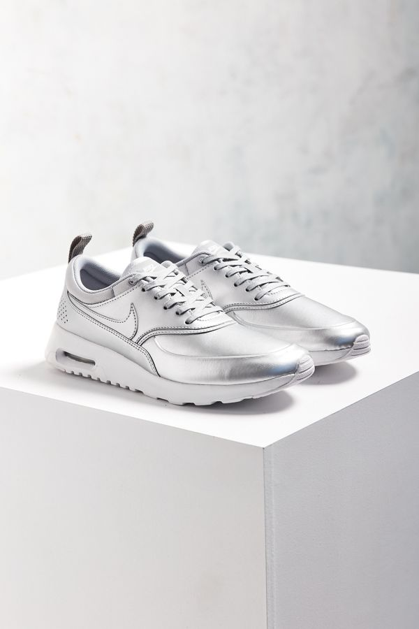 buy online 8e844 3ceff Nike Metallic Air Max Thea SE Sneaker   Urban Outfitters