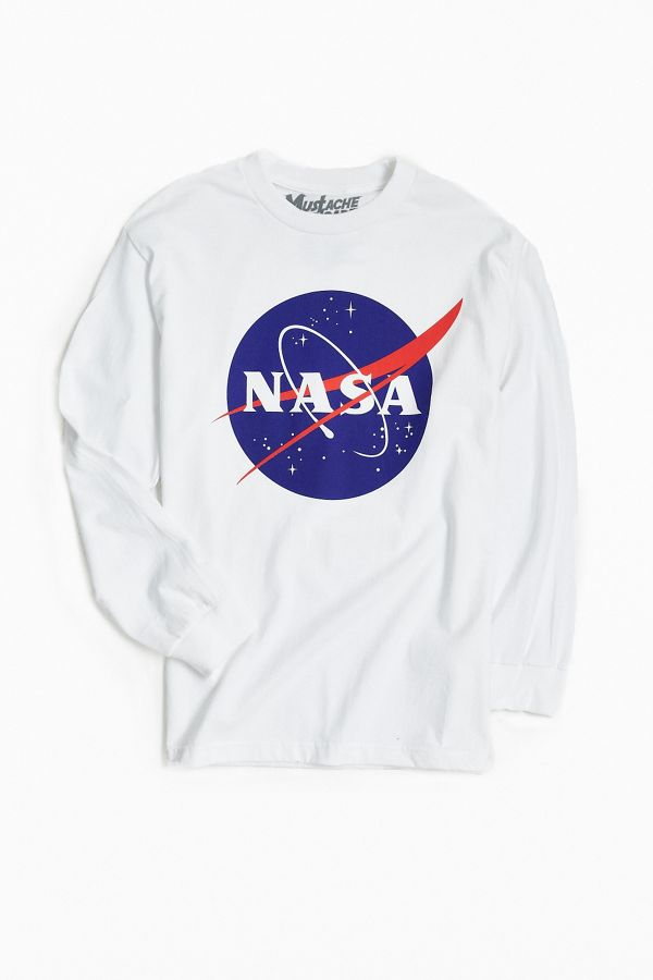 17551e1c NASA Logo Long Sleeve Tee | Urban Outfitters