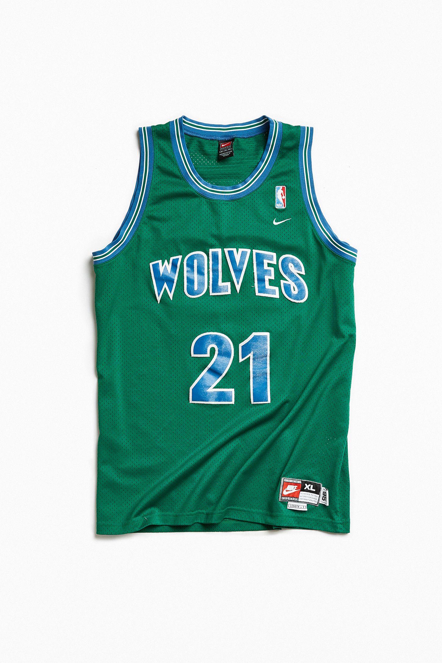 02dbe0ef50d Vintage Kevin Garnett Wolves Green Jersey