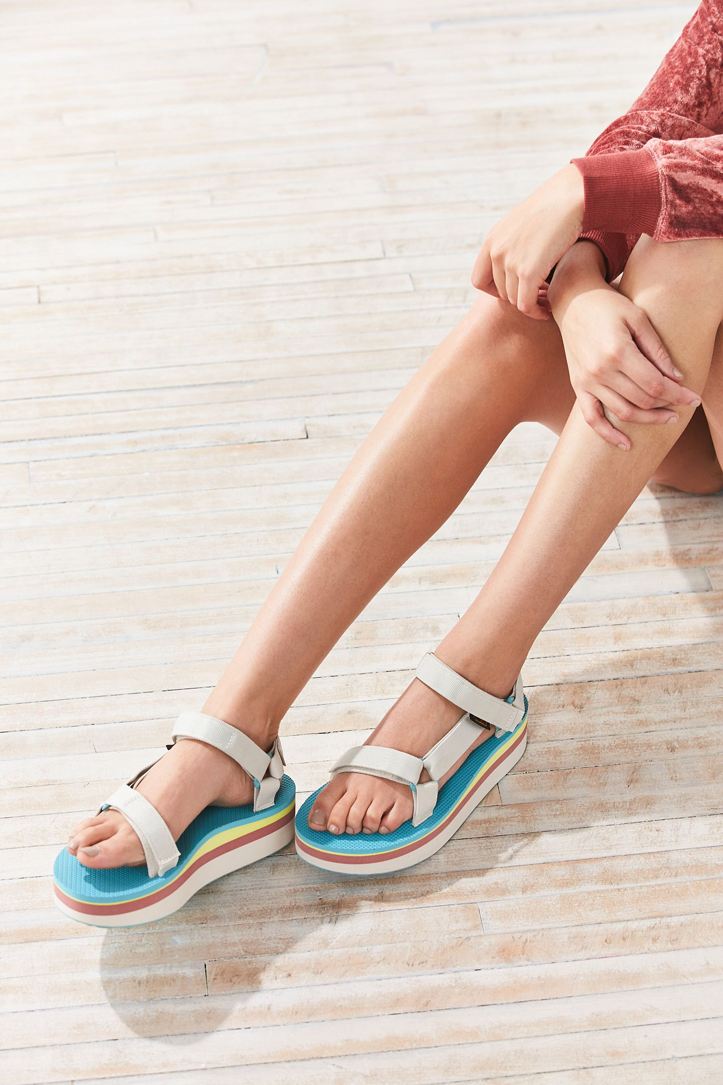 ab1a2aef78b5 Teva Flatform Universal Sandal