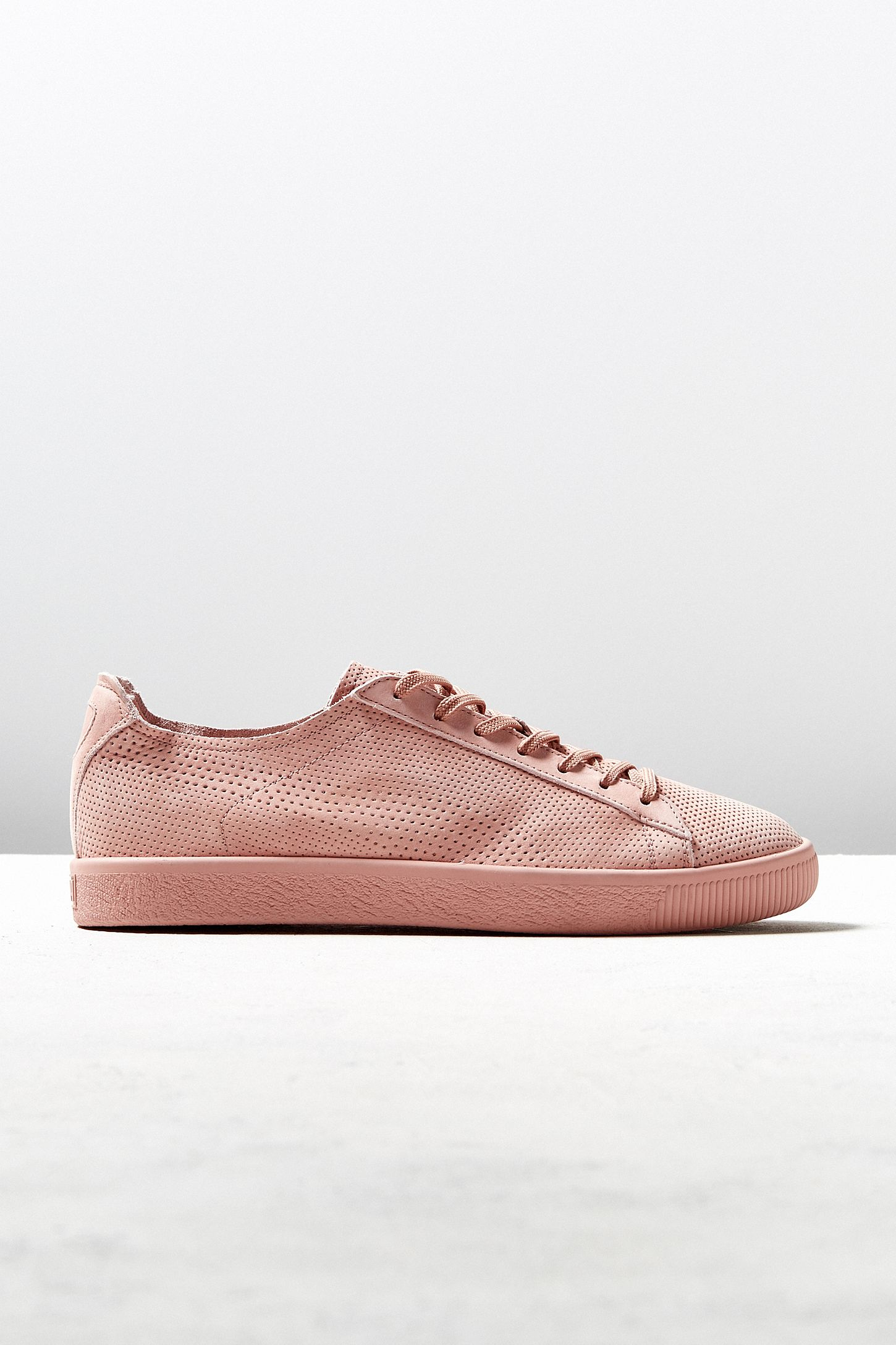 065432a5e01 Puma X Stampd Clyde Sneaker | Urban Outfitters