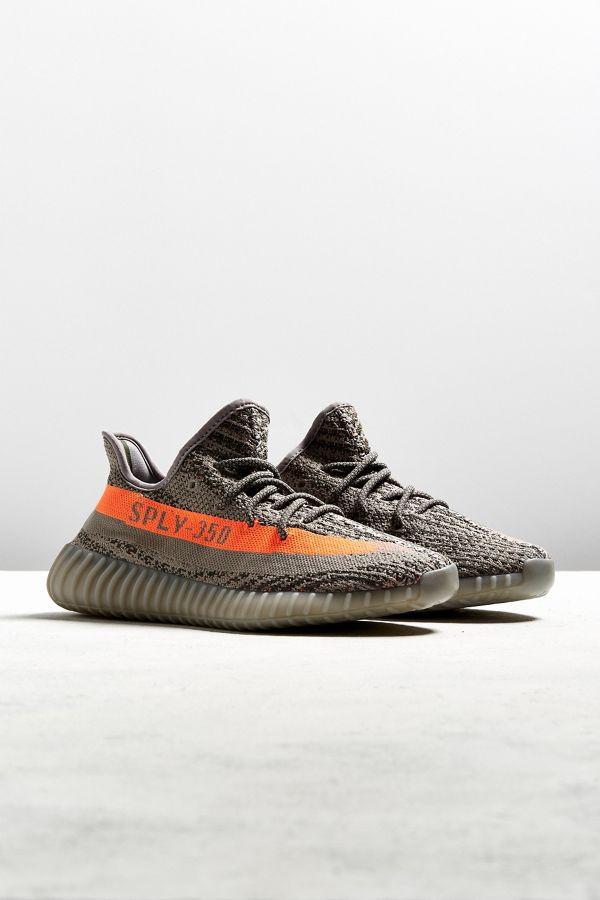 pretty nice b4b38 45352 adidas Originals Yeezy Boost 350 V2 Men's Sneaker