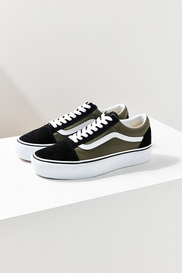 a5968c47be9de1 Slide View  1  Vans Old Skool Platform Sneaker