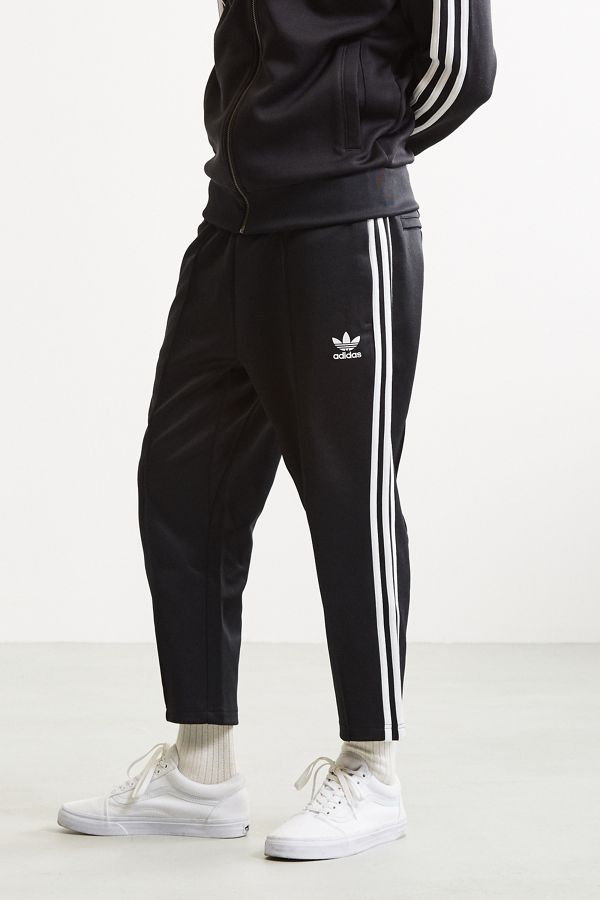 cb9b89fcc5 adidas Superstar Relaxed Cropped Track Pant