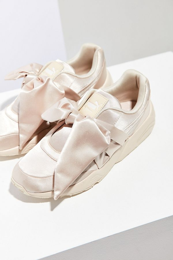 finest selection a3fb3 7dee0 Puma Fenty by Rihanna Satin Bow Sneaker