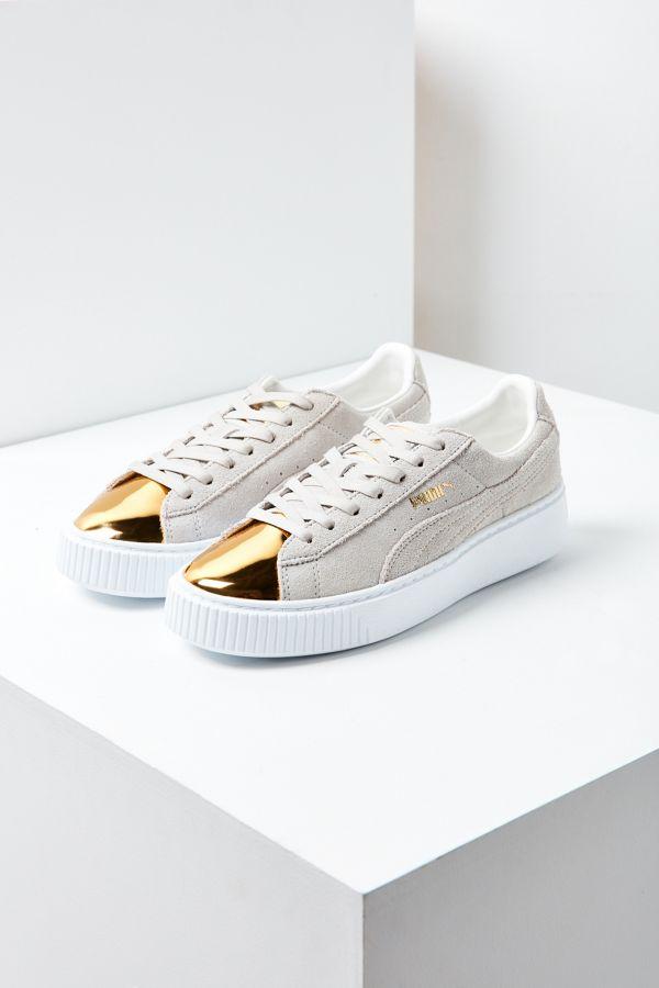 quality design 4b29e 517c6 Puma Suede Platform Gold Toe Sneaker