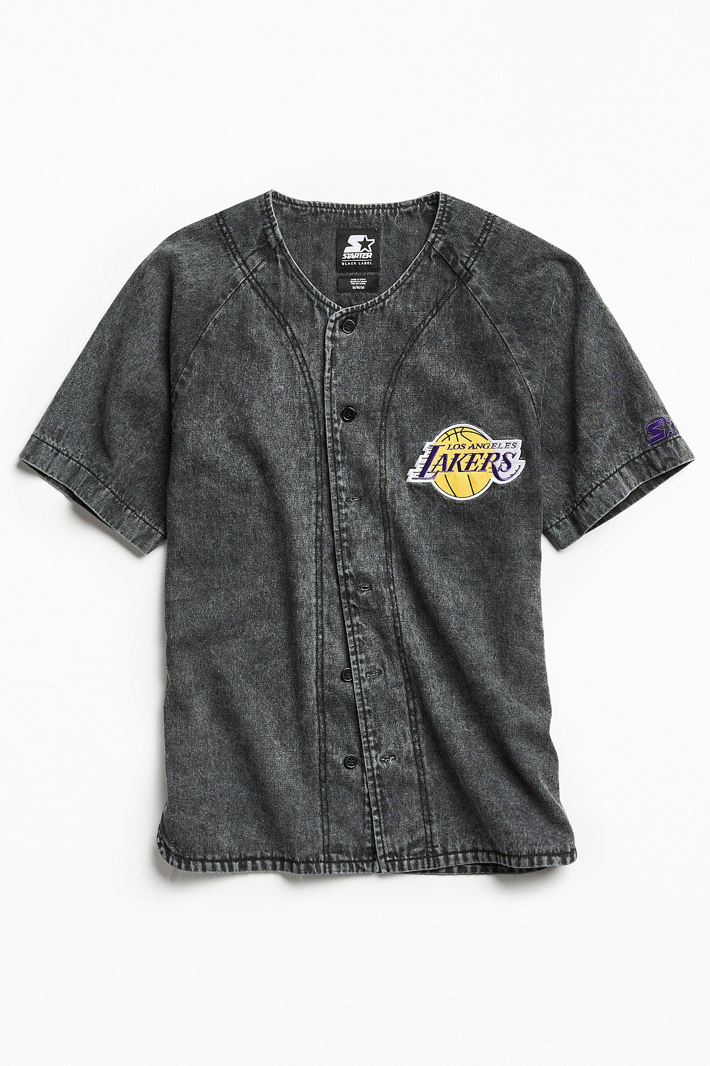 7b0bc361bbae Starter Black Label + UO NBA Los Angeles Lakers Denim Baseball Shirt ...