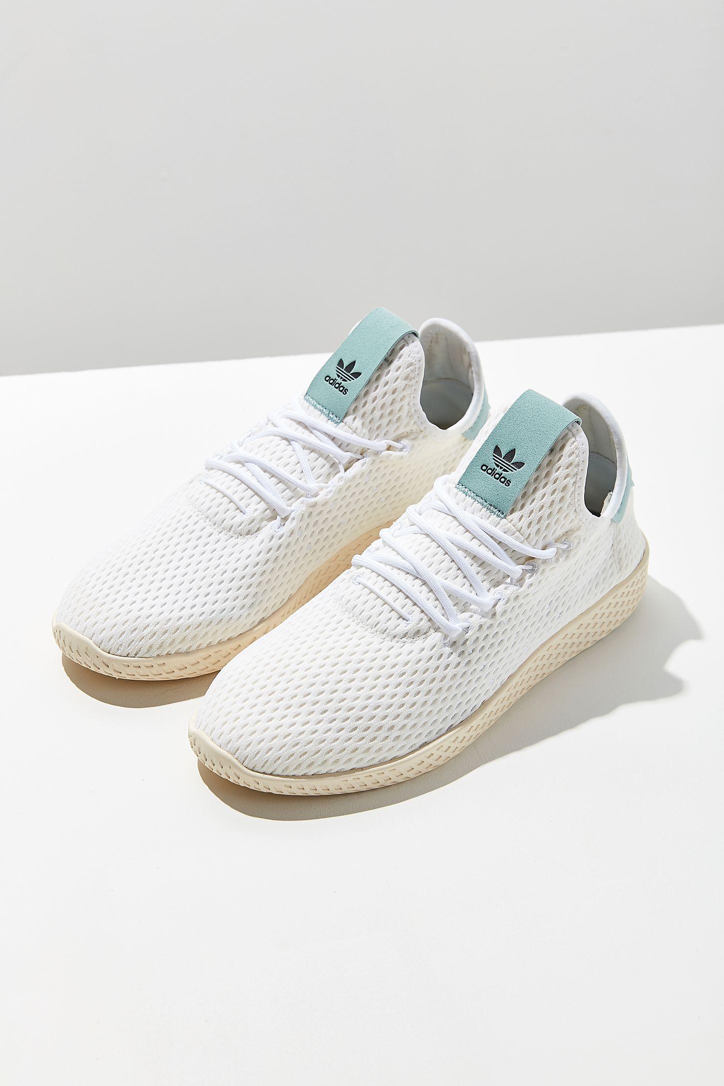 bedcf3e78ae7b adidas Originals X Pharrell Williams Tennis Hu Sneaker