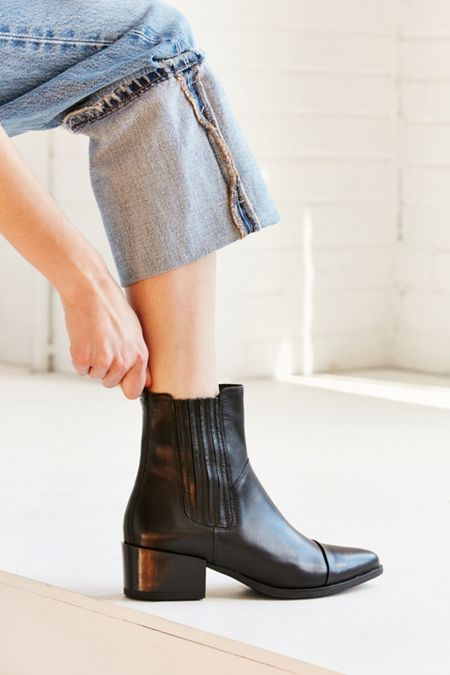 ae0b9d6d87a Vagabond Shoemakers Marja Chelsea Boot