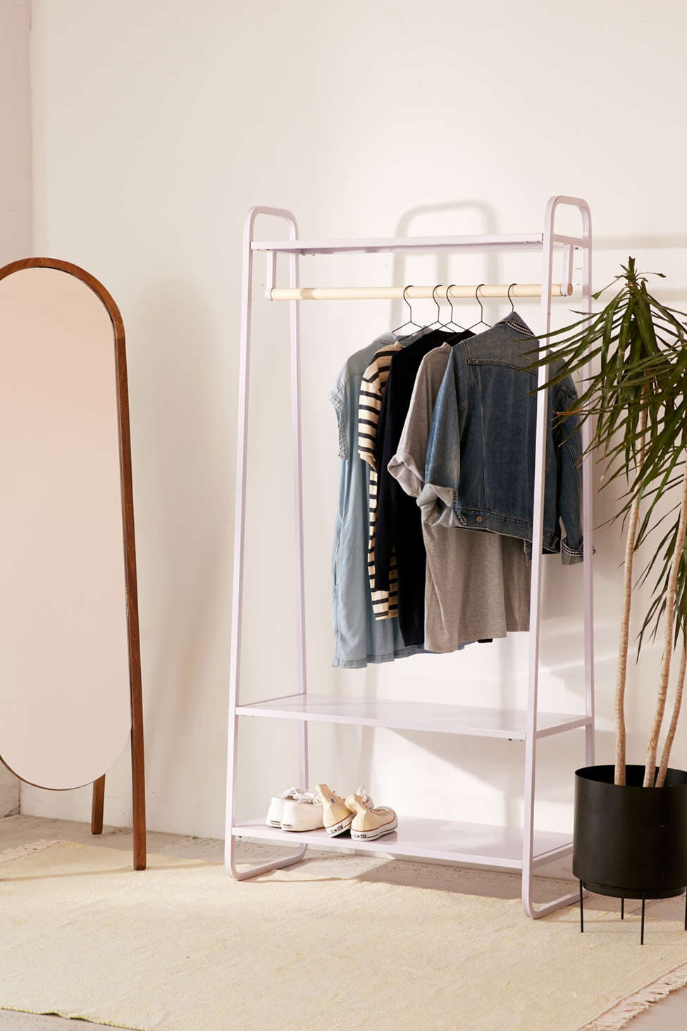 Cameron Clothing Rack | Urban Outfitters