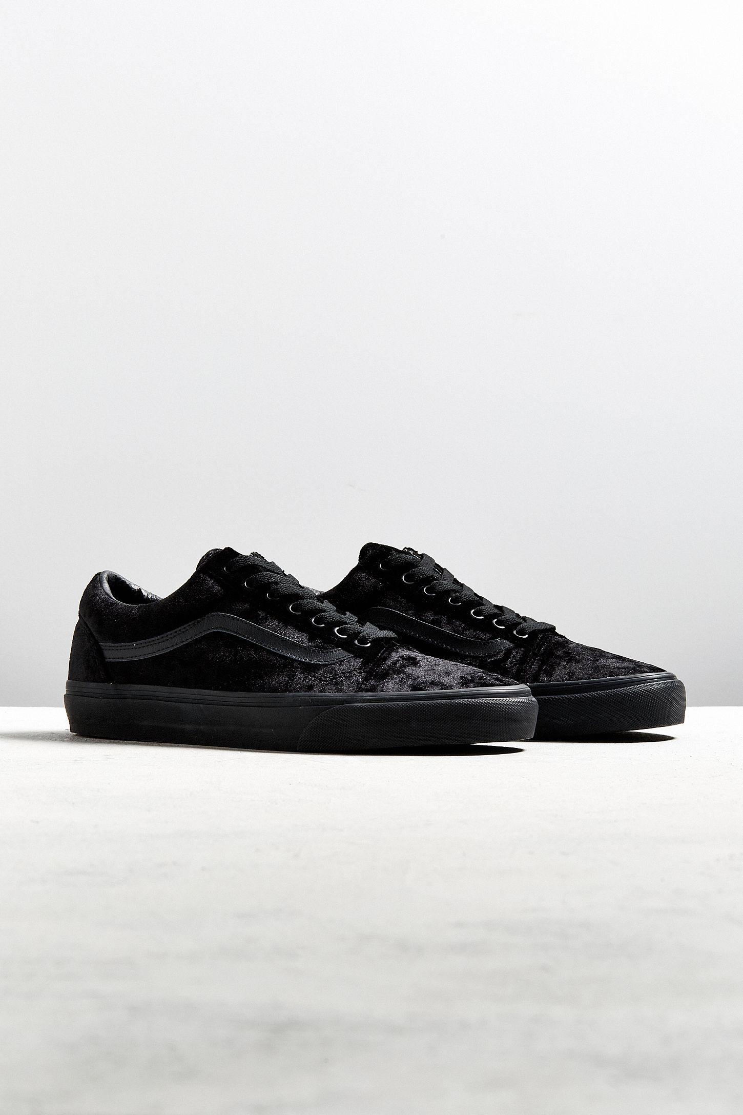 4bd822d3af Vans Old Skool Black Velvet Sneaker