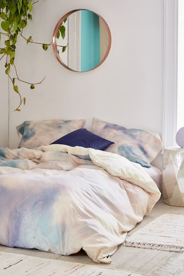 Slide View: 1: Chelsea Victoria For Deny Unicorn Marble Duvet Cover