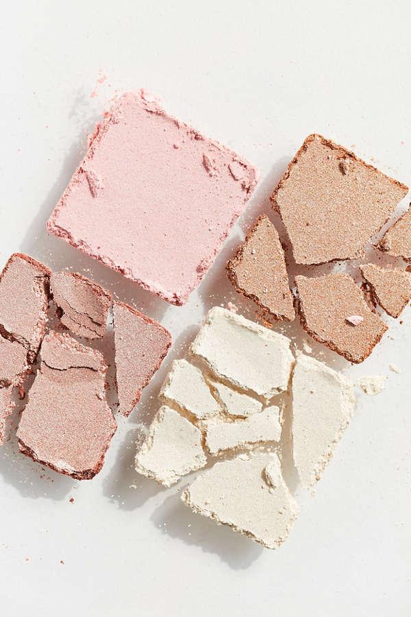 Essence Eyeshadow palettes and blush review   Eyeshadow