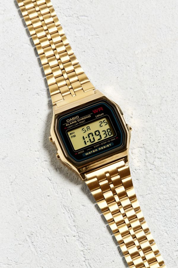 90153e8cb8a1 Casio Vintage Black And Gold Digital Watch