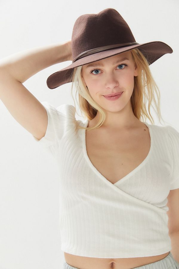 5f6b9883b26f7 UO Anna Felt Structured Panama Hat