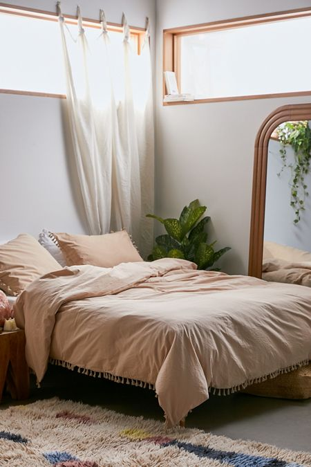 4e90488ef89e Bedspreads + Duvet Covers | Urban Outfitters