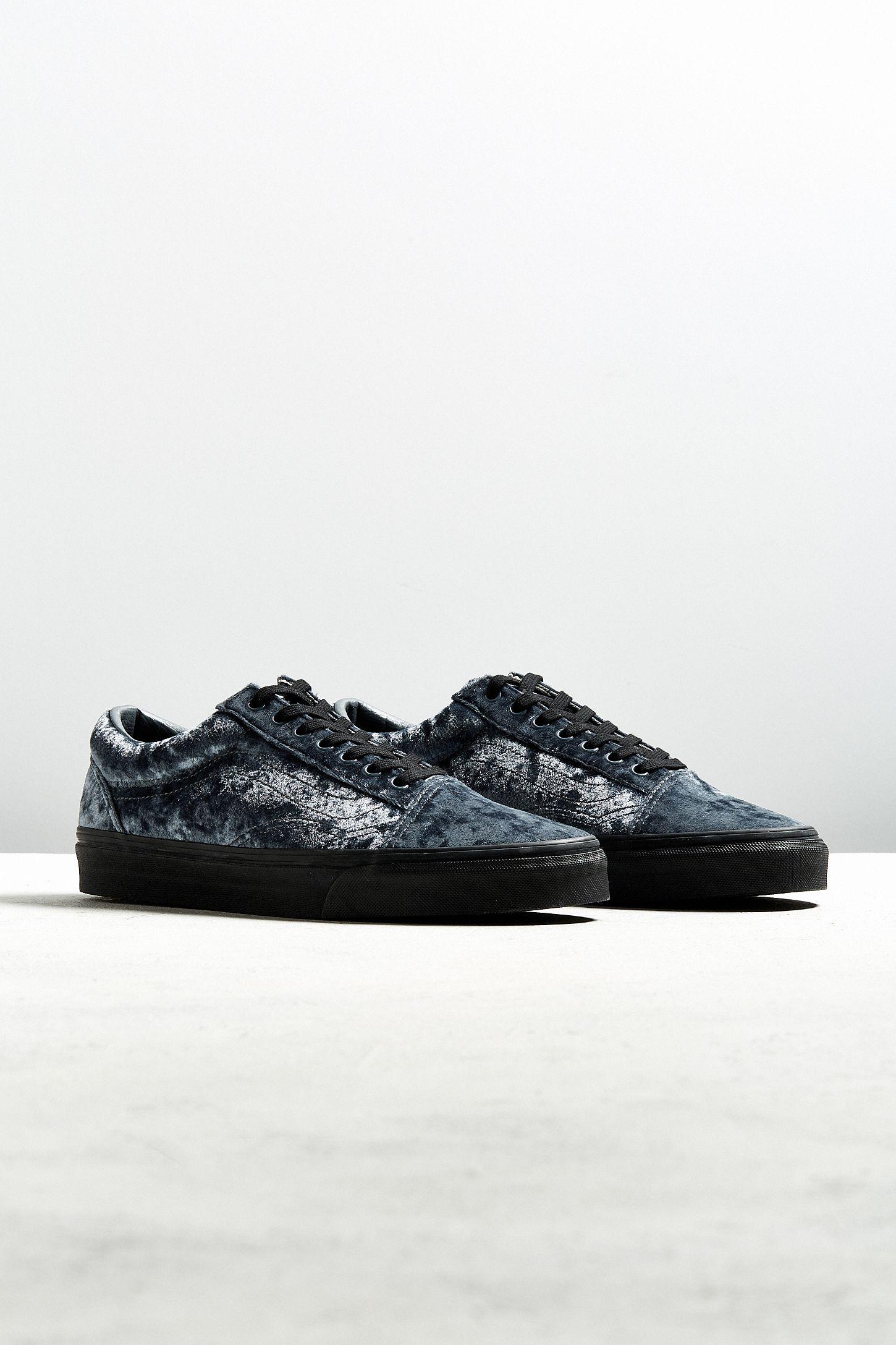 5aff86d641 Vans Old Skool Grey Velvet Sneaker