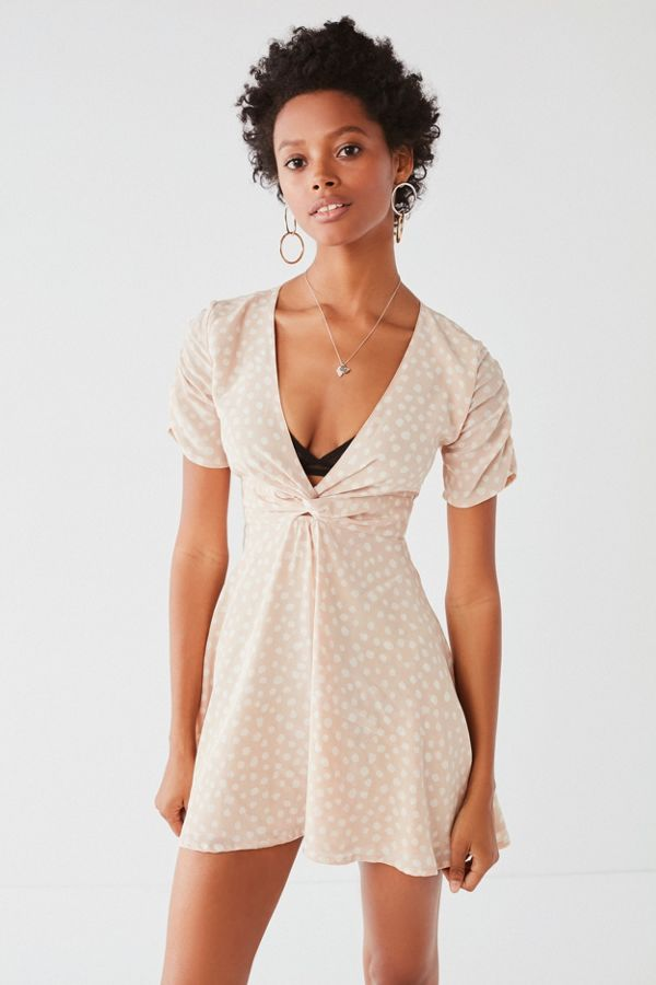 dc9e5ab5cd5 SIR the label Valentina Twist-Front Mini Dress   Urban Outfitters