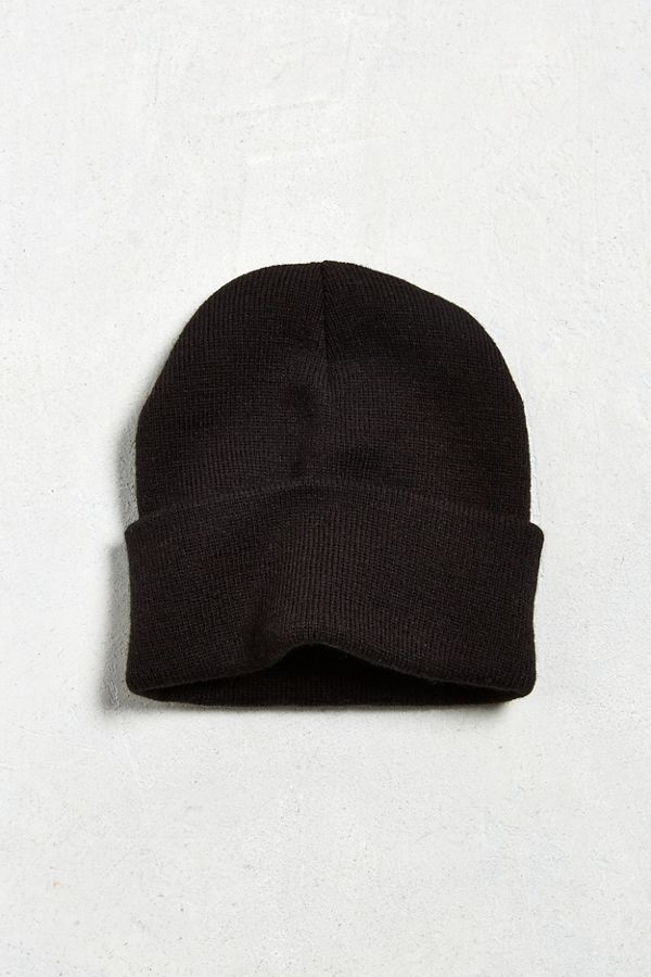 1f13be9507e Slide View  1  UO Essential Ribbed Beanie