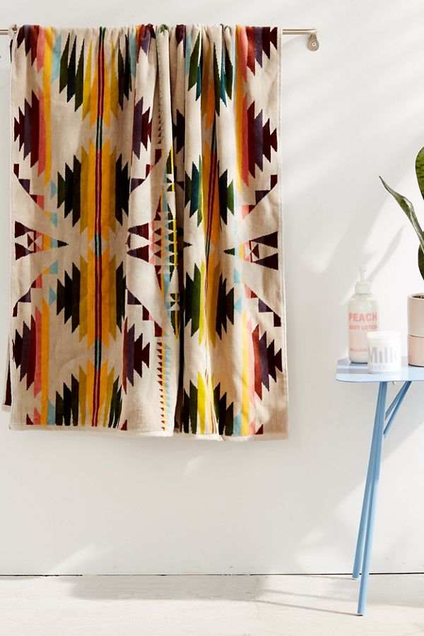 Slide View: 2: Pendleton Falcon Cove Oversized Beach Towel