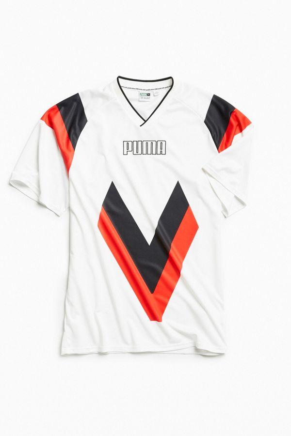 de4ae034d00 Puma Heritage Football Tee | Urban Outfitters