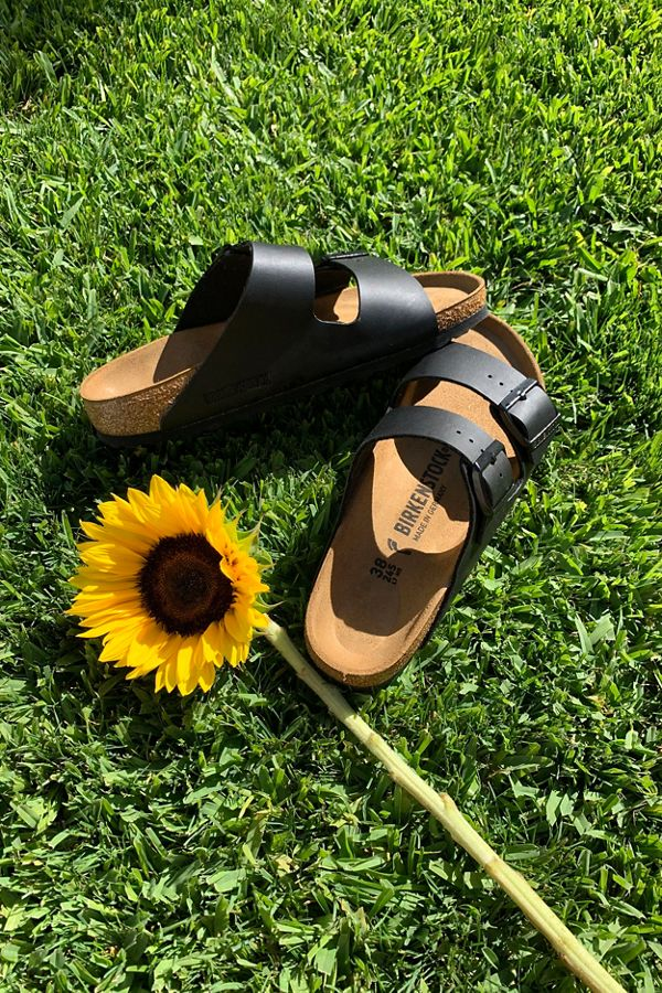 b990c42c8bc92 Slide View  1  Birkenstock Arizona Sandal