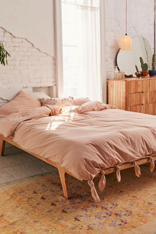Slide View: 3: Knotted Washed Cotton Duvet Cover