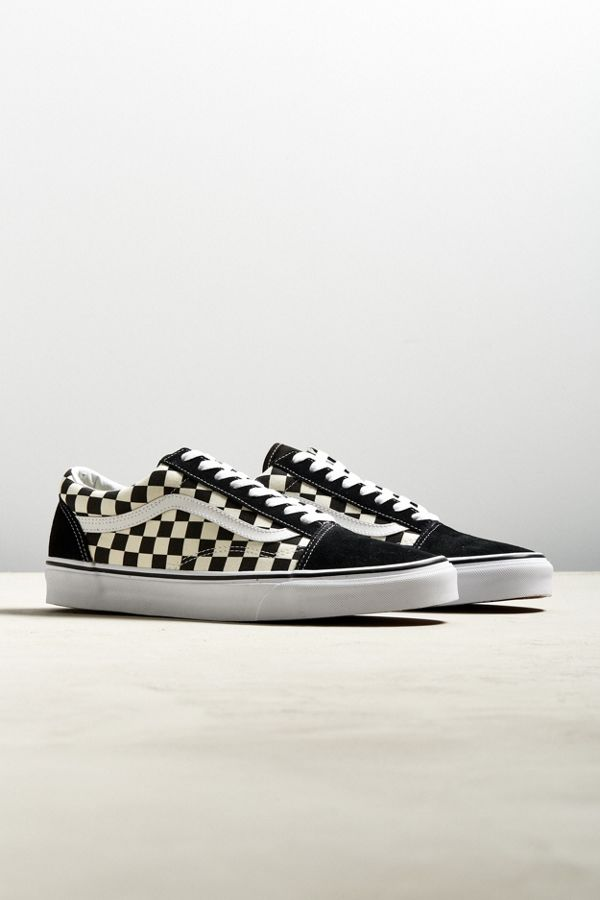 black and white checkered old skool vans