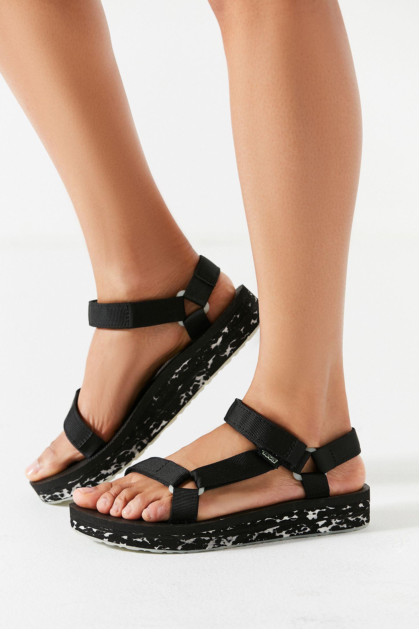 0a1186fdfc91 Teva Universal Glow-In-The-Dark Midform Sandal