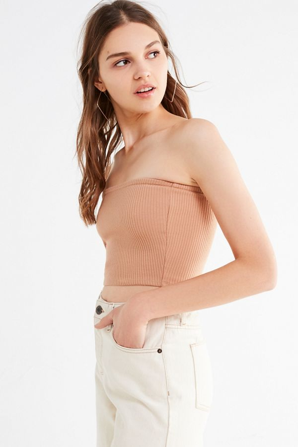 ca49aabb84 Slide View  2  UO Hallie Ribbed Knit Cropped Tube Top