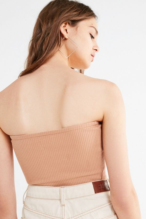 181da366ee Slide View  3  UO Hallie Ribbed Knit Cropped Tube Top