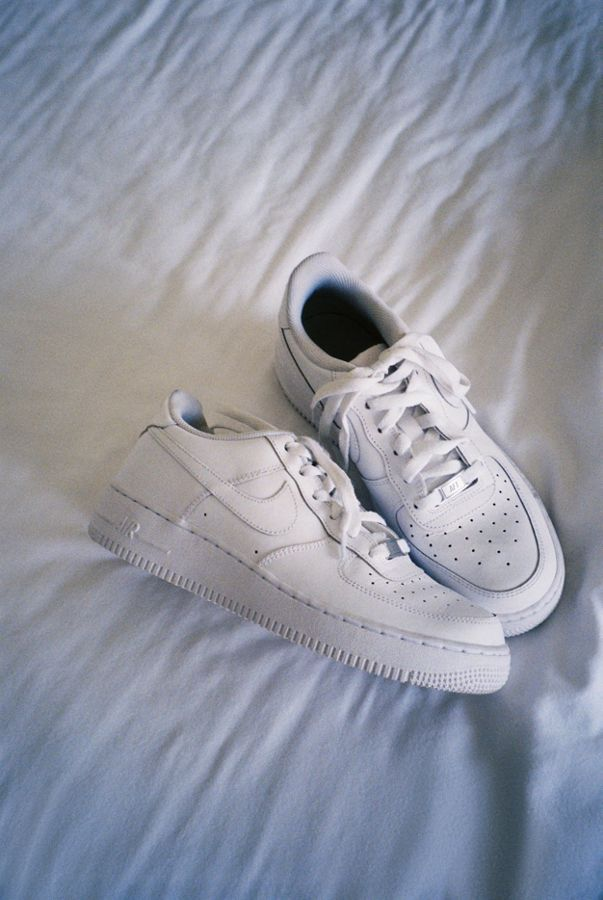 san francisco ba820 3f6ee Nike Air Force 1 '07 Sneaker