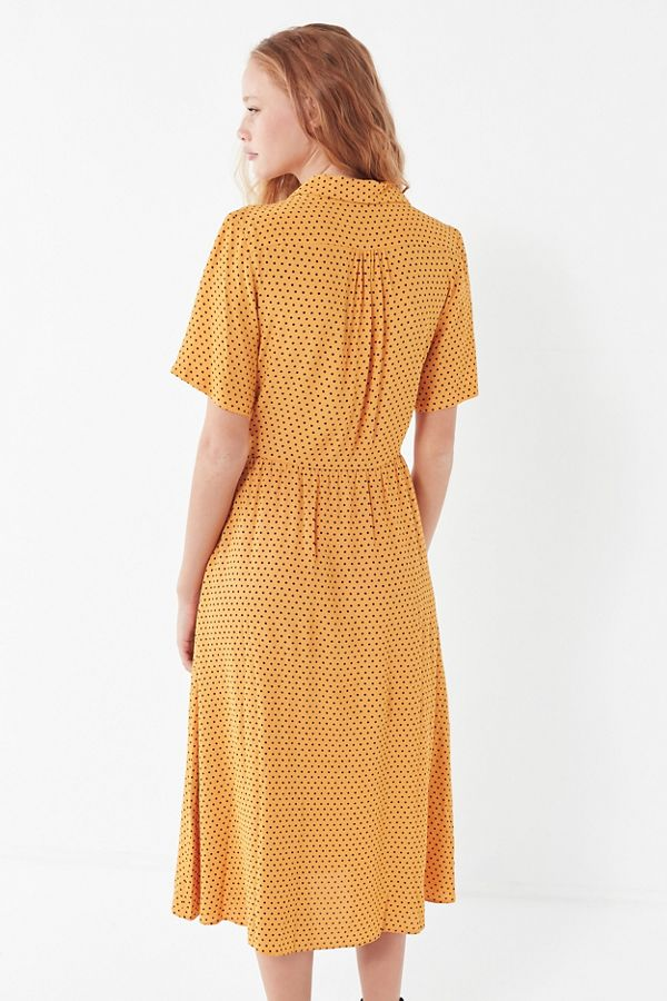 0b9bbd1586f805 UO Button-Down Midi Shirt Dress   Urban Outfitters