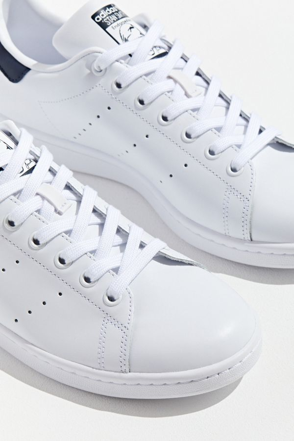 best website f48a7 4f4a1 adidas Originals Classic Stan Smith Sneaker