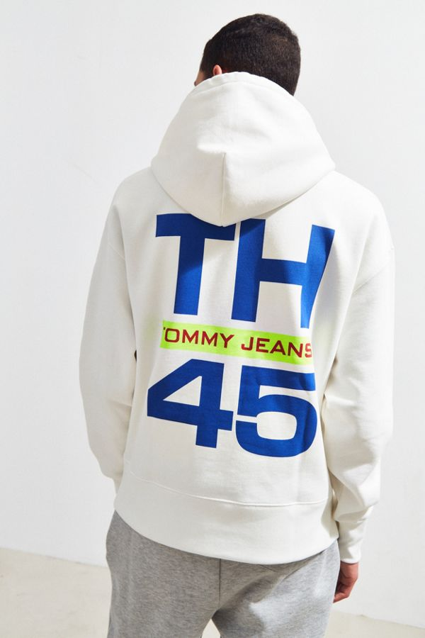 05f89114 Tommy Jeans '90s Sailing Logo Hoodie Sweatshirt | Urban Outfitters