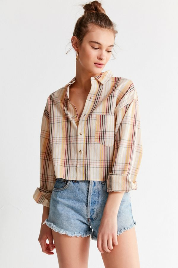 f591abd2 UO Cropped Plaid Button-Down Shirt | Urban Outfitters
