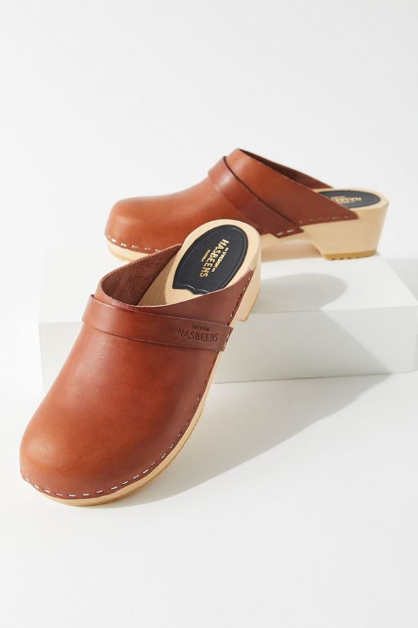 d9f86862c1547 Swedish Hasbeens Leather Heeled Clog   Urban Outfitters