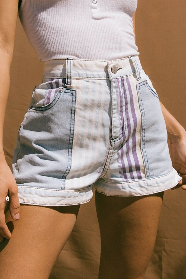 6487a67c01 BDG Mom High-Rise Denim Short – Nebraska | Urban Outfitters