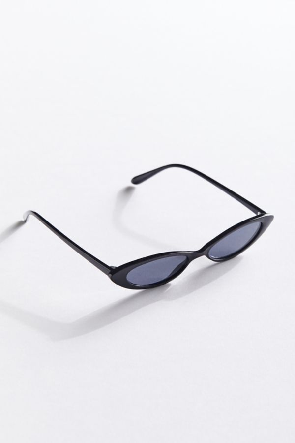 The Bella Slim Oval Sunglasses travel product recommended by Lola Chél on Lifney.