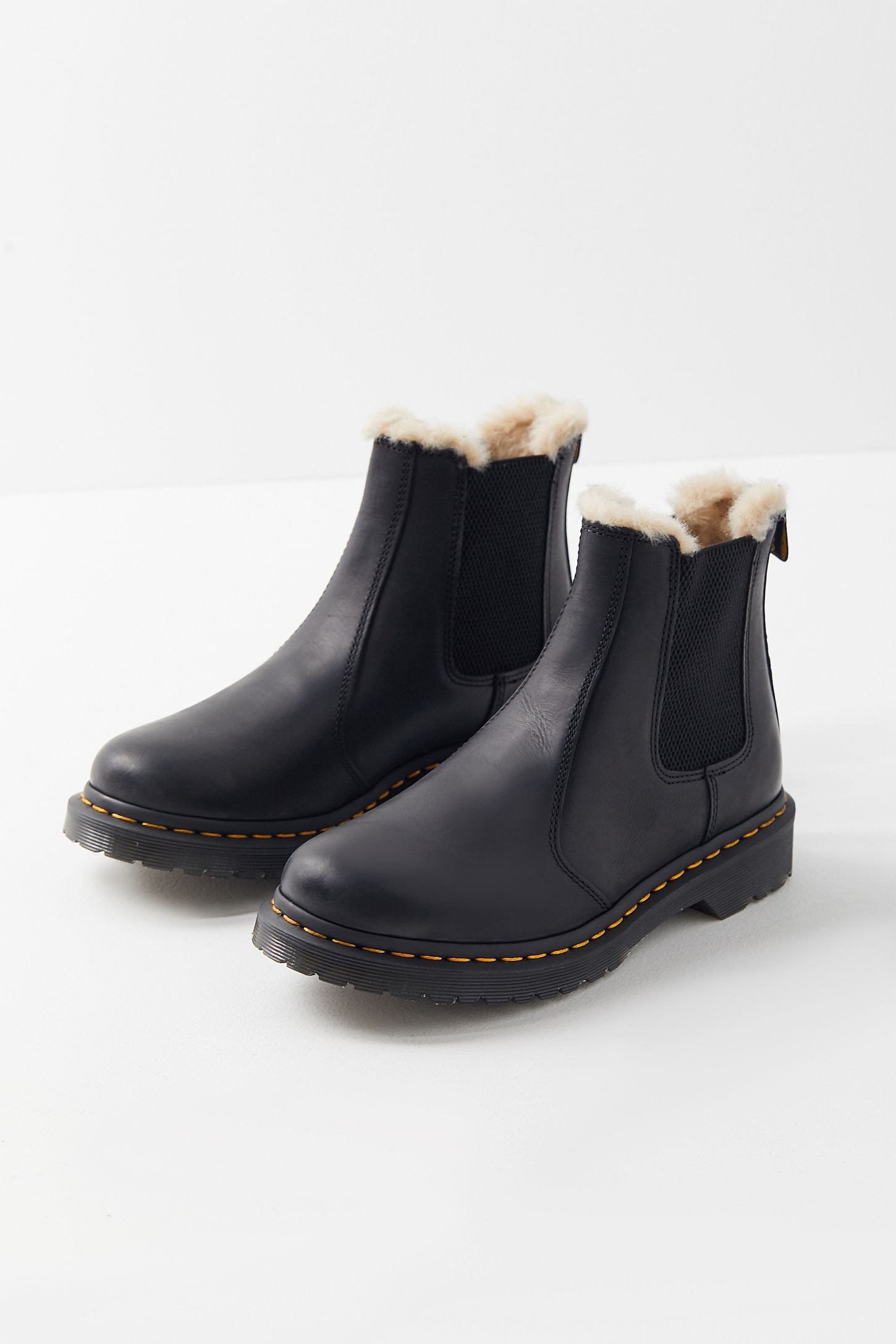 2d9a0dff9b2 Dr. Martens 2976 Leonore Wyoming Boot